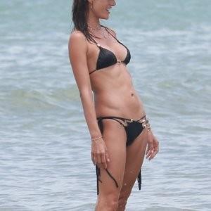 Alessandra Ambrosio Sexy Photos – Celeb Nudes