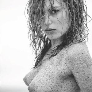 Alex van Zeelandt topless photos – Celeb Nudes