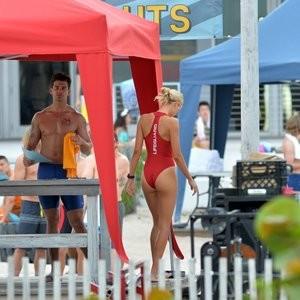 Alexandra Daddario Real Celebrity Nude sexy 044