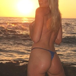 Amber O'Neal Free nude Celebrity sexy 026