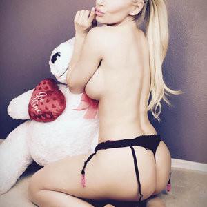 Ana Braga Topless Pics – Celeb Nudes