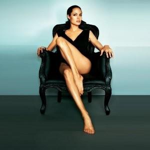 Heger topless angelina Angelina Jolie