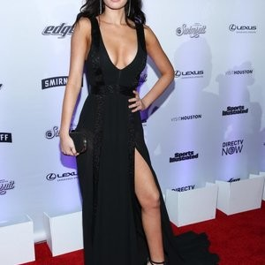 Anne De Paula Looks Perfect In Black – Celeb Nudes