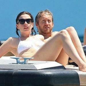 Anne Hathaway Nude pics – Celeb Nudes