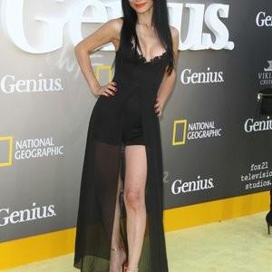 Bai Ling Looks Borderline Seductive – Celeb Nudes