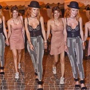 Bella Thorne & Dani Thorne Sexy Photos - Celeb Nudes
