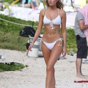 Bikini pics of Elsa Hosk – Celeb Nudes