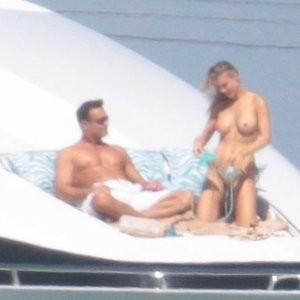 Boobs pics of Joanna Krupa – Celeb Nudes