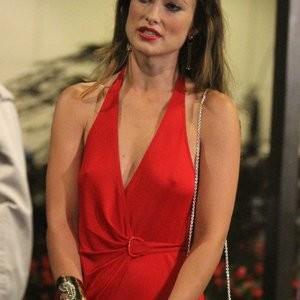 Braless photos of Olivia Wilde - Celeb Nudes