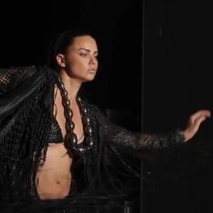 Braless pics of Adriana Lima – Celeb Nudes
