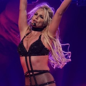 Britney Spears And Her Best Pictures In Fishnets – Celeb Nudes