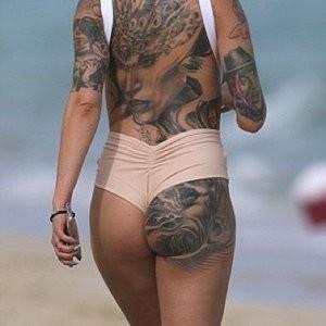 Cami Li Real Celebrity Nude sexy 002
