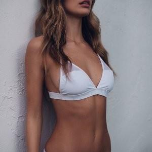 Camila Morrone Bikini – Celeb Nudes