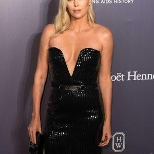 Charlize Theron Rocking a Black Dress with No Bra – Celeb Nudes