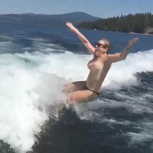 Chelsea Handler Water Skiing Topless – Celeb Nudes