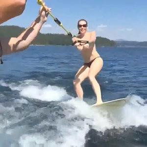 Chelsea Handler Water Skiing Topless - Celeb Nudes