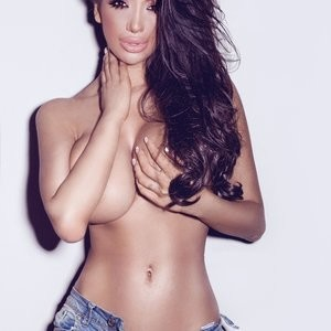 Chloe Khan Topless Photos – Celeb Nudes