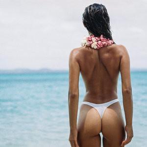 Chloé Lecareux Topless Photos – Celeb Nudes