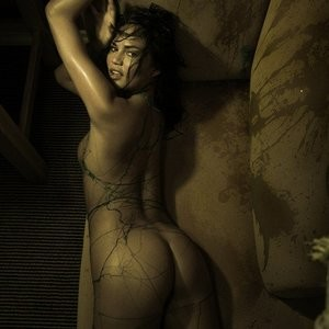 Chrissy Teigen Nude – Celeb Nudes