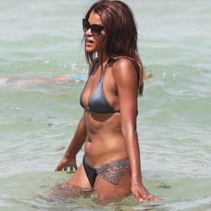 Claudia Jordan in a Bikini – Celeb Nudes