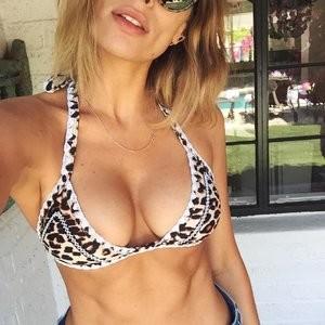 Cleavage Photo of Arielle Vandenberg – Celeb Nudes