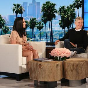 Demi Lovato Looks Dangerously Curvy On Ellen – Celeb Nudes