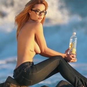 Elizabeth Marxs Topless Photoset – Celeb Nudes