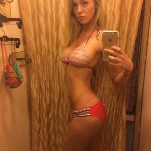 Elizabeth Turner Hot Naked Celeb sexy 007