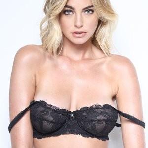 Elizabeth Turner Free Nude Celeb sexy 031