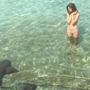 Elizabeth Turner Real Celebrity Nude sexy 036