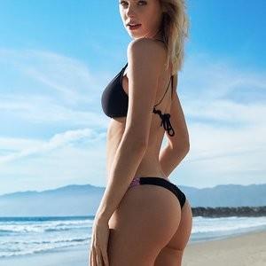 Elizabeth Turner Naked Celebrity sexy 105