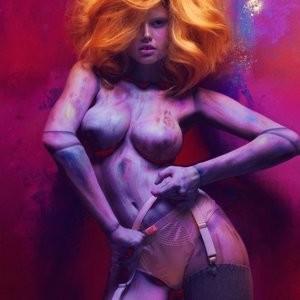 Elle Brittain Topless Photos – Celeb Nudes