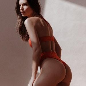 Emily Ratajkowski Erotic – Celeb Nudes