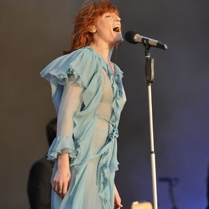 Florence Welch See-Through Photos – Celeb Nudes
