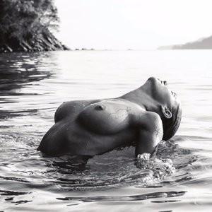 Genevieve Morton Topless – Celeb Nudes
