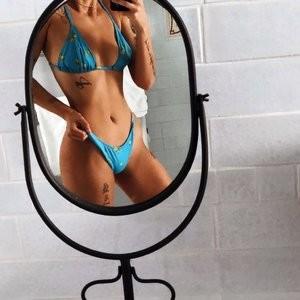 Halsey Bikini – Celeb Nudes