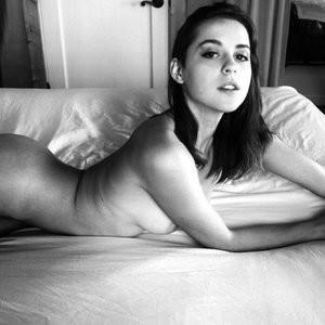 Helen Reilly Newest Celebrity Nude sexy 004