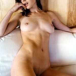 Helen Reilly Hot Naked Celeb sexy 005