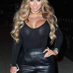 Holly Hagan Braless Photos – Celeb Nudes