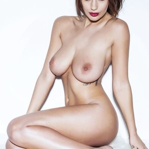 Holly Peers Nude Photos – Celeb Nudes