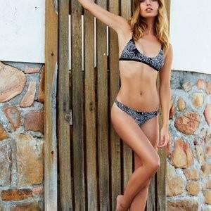 Annie Ericson  nackt