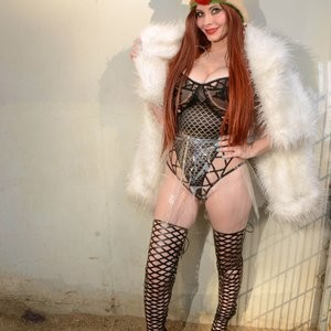 Hot photos of Phoebe Price – Celeb Nudes