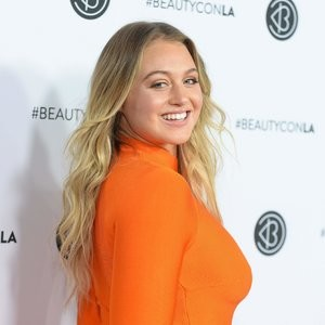 Iskra Lawrence Real Celebrity Nude sexy 041