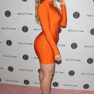 Iskra Lawrence Free Nude Celeb sexy 051