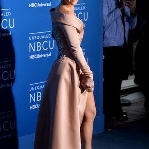 Jennifer Lopez Famous Nude sexy 009
