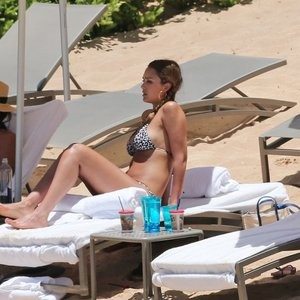 Jessica Alba Nude Celeb Pic sexy 029