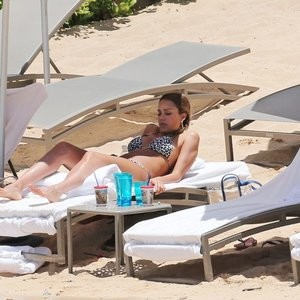 Jessica Alba Celebs Naked sexy 036