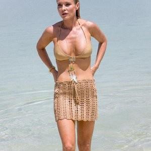 Joanna Krupa bikini pics – Celeb Nudes