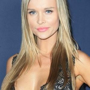 Joanna Krupa Is Wearing The Sexiest Dress Imaginable – Celeb Nudes