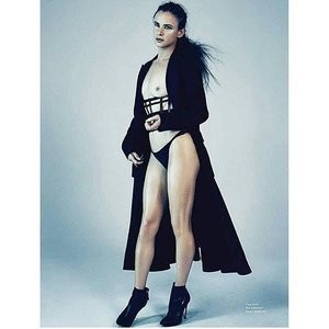 Juliette Lewis Topless pic – Celeb Nudes